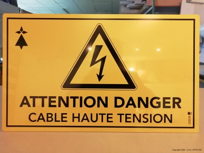 Panneau Danger - Cable Haute Tension - Perenco - Gabon